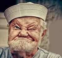 Квартиру продает одинокий пожилой человек